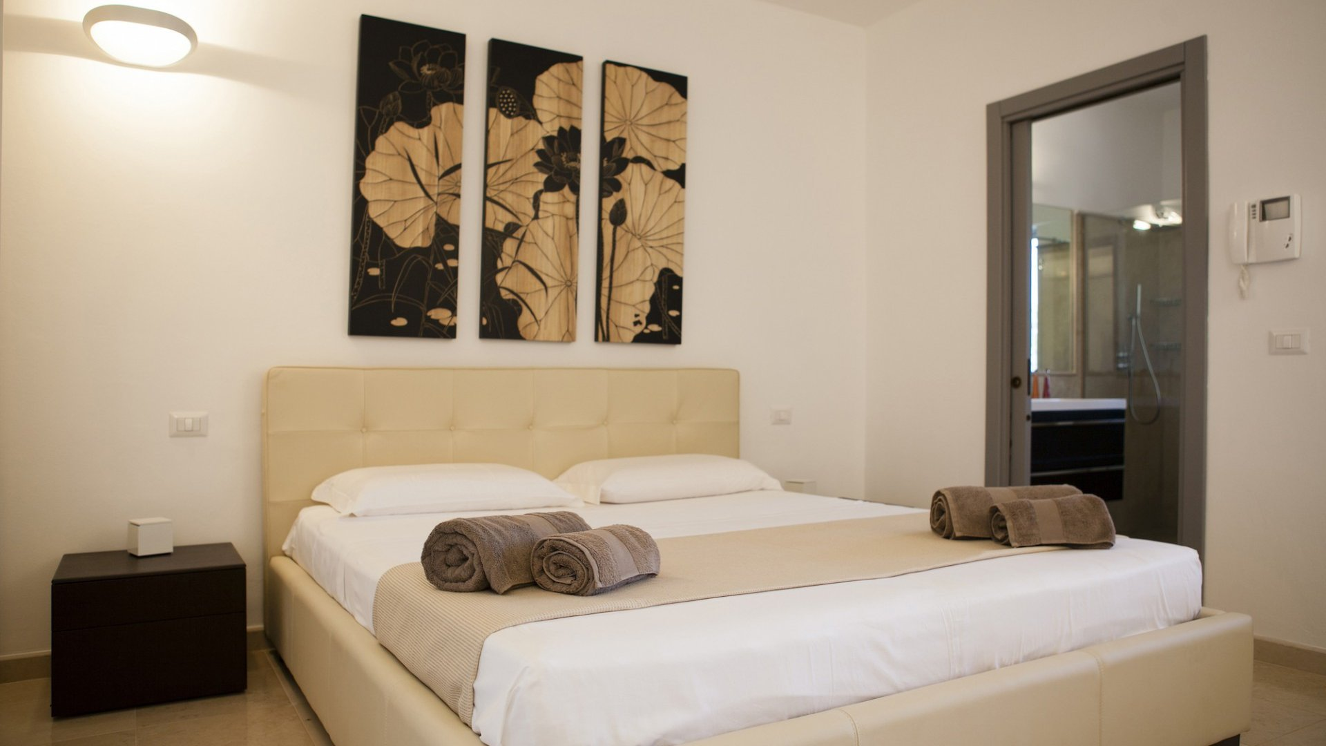 guest house, double bedroom