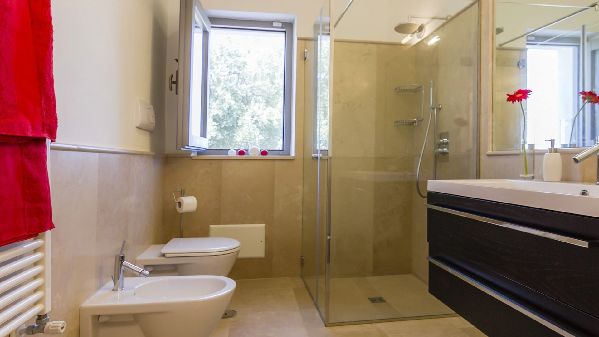 guest house, en suite bathroom
