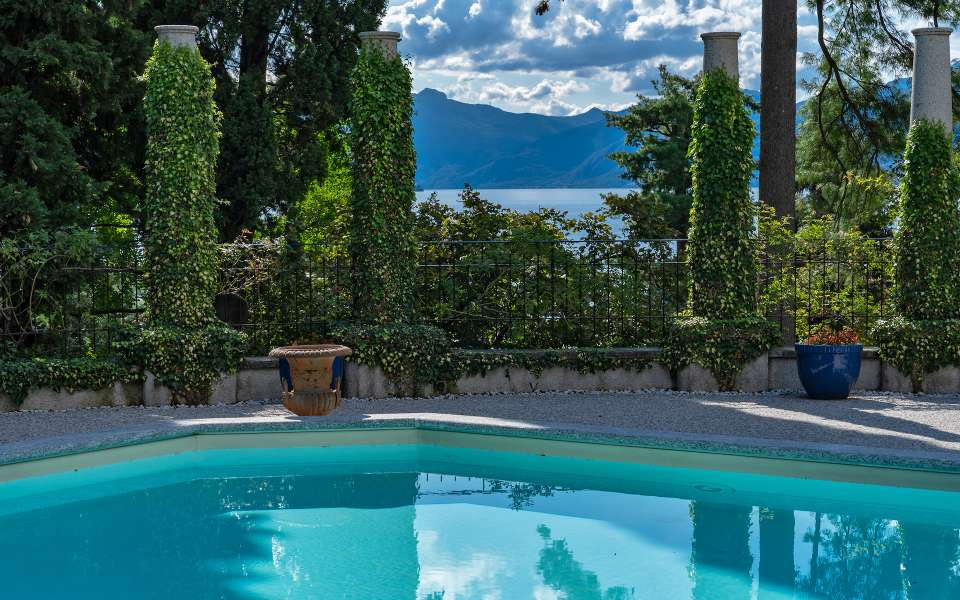 luxury vacation rentals Como lake