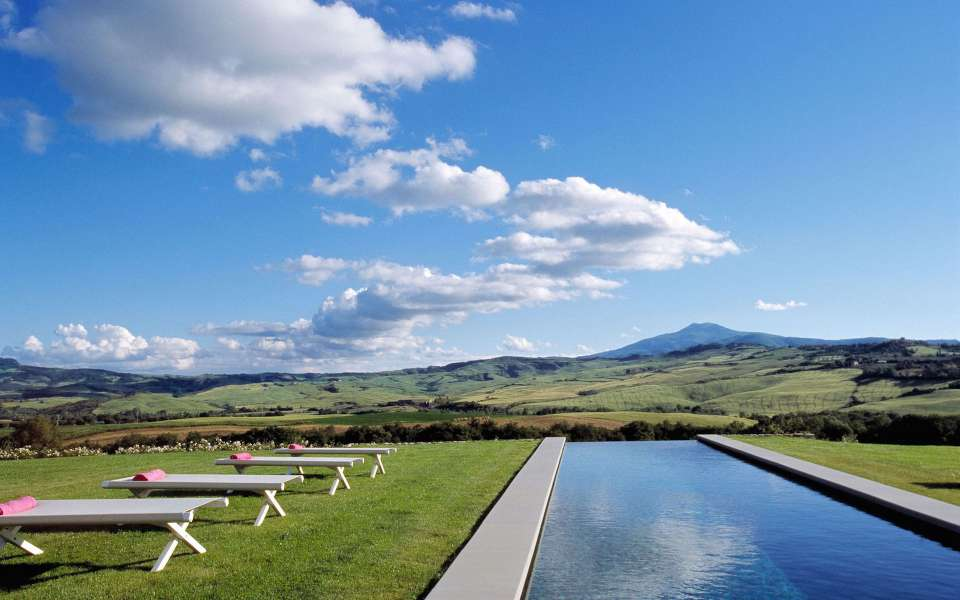 infinity pool with view over the valley