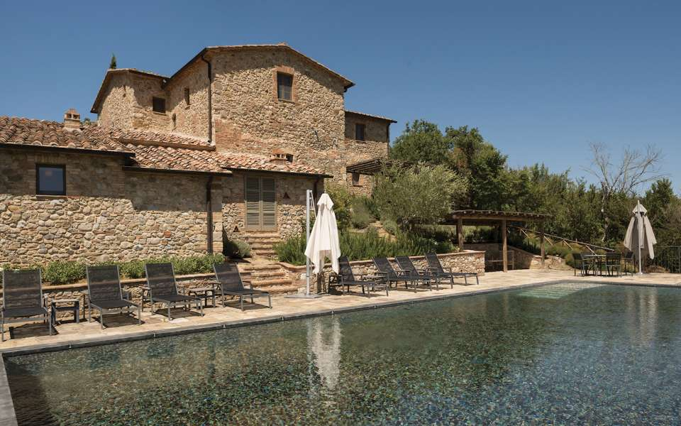 luxury Tuscan vacation villas