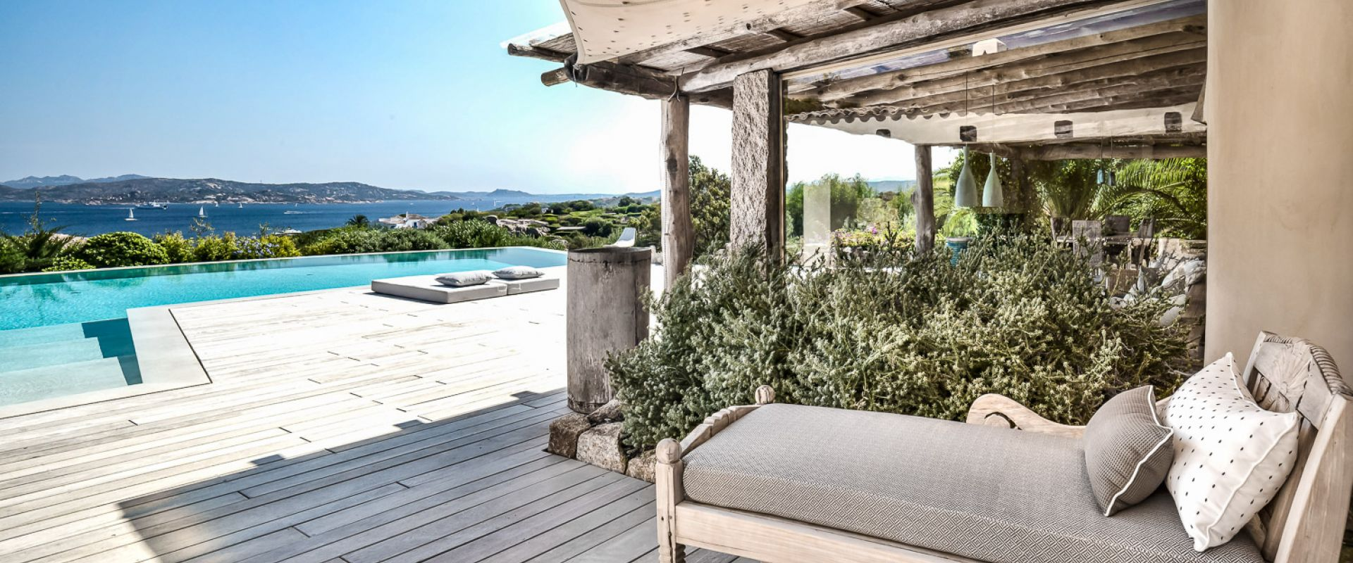 Home in Italy, winner of Luxury Lifestyle Award 2020